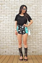 black Kuriel shorts - white LucyMint bag - white C Wonder sunglasses