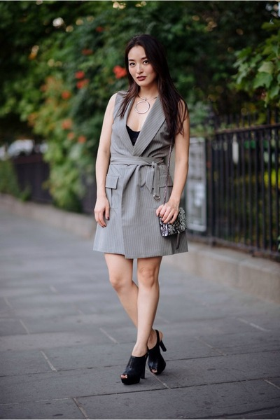 charcoal gray blazer asos dress - black peep toe Aldo heels