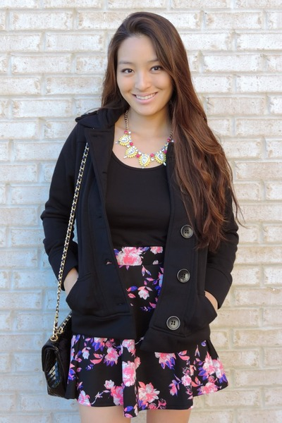 black deb coat - black vintage Bally bag - black crop Charlotte Russe top