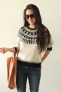 Blue-bongo-jeans-beige-printed-rd-style-sweater-gold-ecco-bag