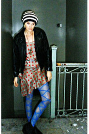 blue bright Urban Outfitters tights - black rocker vintage boots