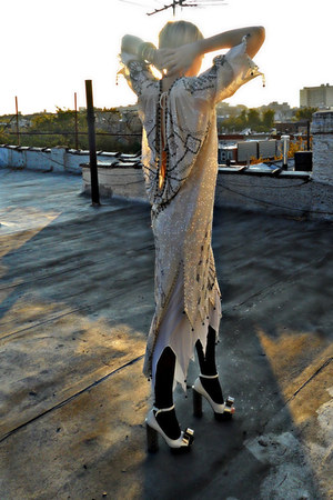 70s vintage dress - mary janes Phi heels