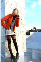 carrot orange neon vintage jacket - dark gray ankle boots Charlotte Ronson boots
