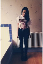 ivory david bowie unknown t-shirt - black leather look H&M boots