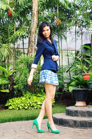 blue Zara blazer - light blue general pants skirt - chartreuse suede Zara pumps