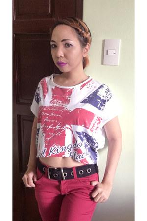white Grab bag - ruby red Terranova jeans - white top