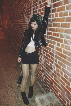 Topshop boots - Urban Outfitters hat - vintage shorts - asos top