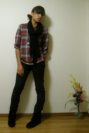 Muji blouse - H&M jeans - H&M scarf - Minnetonka shoes