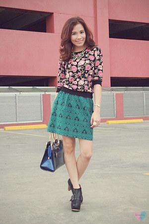 Details skirt