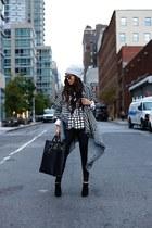 Blazer blazer - boots boots - coat coat - hat hat - Bag bag - sunnies sunglasses