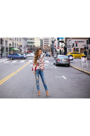 Bag bag - Jeans jeans - Earrings earrings - floral blouse blouse - heels heels