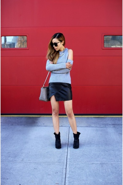 only 37 Sweater sweater - boots boots - Bag bag - sunglasses sunglasses