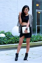 STRIPE ON BLACK