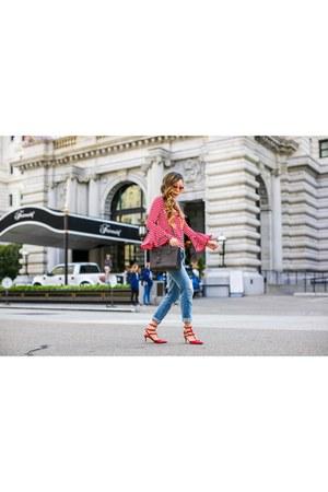 less than 90 Top top - Jeans jeans - Bag bag - sunglasses sunglasses