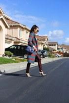 coat coat - Bag bag - heels heels - pants pants