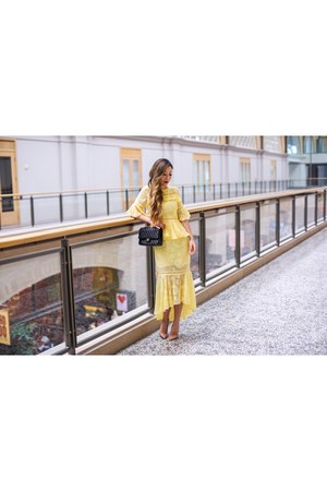 Bag bag - Dress dress - Earrings earrings - heels heels