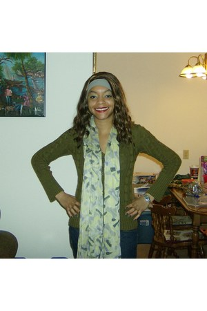 green sweater - Guess jeans - green Costa Blanca scarf