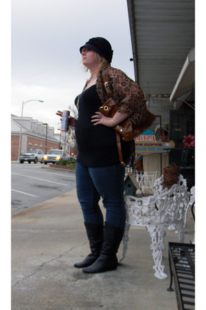 deep purple big bow hat - black small wedge boots - blue Source of Wisdom jeans