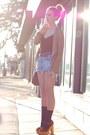 Vintage-shorts-vintage-top-jeffrey-campbell-heels