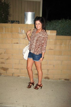 brown vintage blouse - brown Steve Madden shoes - blue f21 shorts - white Barney