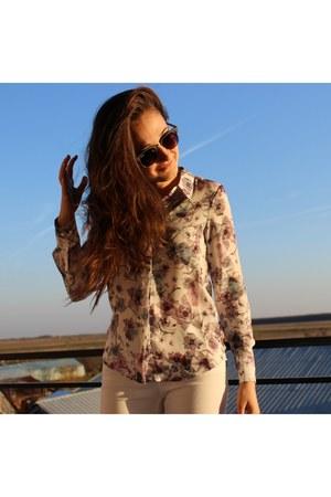 gray Ray Ban sunglasses - white H&M blouse - white pants