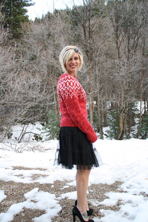 American Eagle sweater - tulle Forever 21 dress