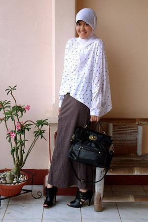 black Aldo boots - My Bagstage bag - Casa Elana top - Hardware skirt
