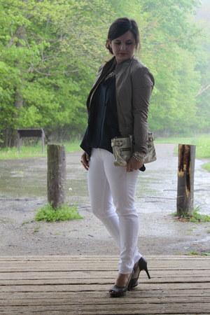 skinny white 7 Jeans jeans - cropped BCBGMAXAZRIA jacket - BCBGMAXAZRIA heels -