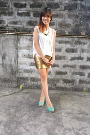 Forever 21 skirt - Jellybean top - Primadonna heels