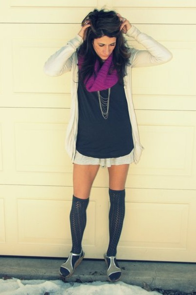 dark gray H&M shirt - magenta Jcrew scarf - stripes Anthropologie shorts - charc