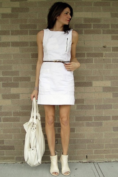 White French Connection Dress Target Bag Cream Bcbg Heels