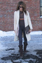 brown Columbia boots - ivory banana republic coat - brown Urban Outfitters bag -