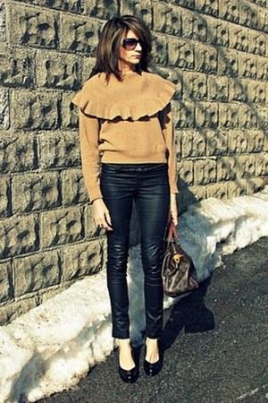 camel vintage sweater - black H&M pants - Tahari heels