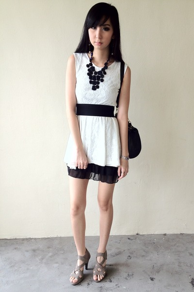 Dark Gray Lace Dresses