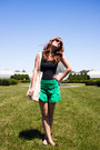 A-boutique-shorts-fieldguided-bag-ray-ban-sunglasses-h-m-flats