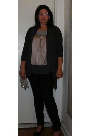 silver Simply Vera by Vera Wang shirt - gray New York & Company sweater - black