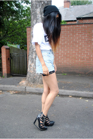 Jeffrey Campbell wedges - vintage levis Levis shorts