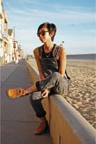 Timberland boots - Raen Optics sunglasses - brandy melville top - PacSun jumper