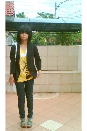 black blazer - black pants - green Michelle Cia shoes - yellow blouse