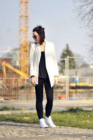 white jacket Nife jacket