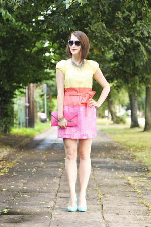 pink clutch new look bag