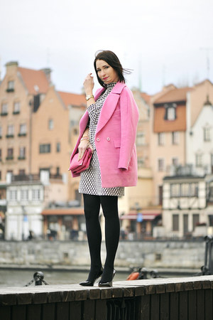 pink Front Row Shop coat