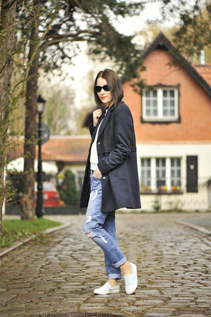 slip on Top Shop shoes - boyfriend jeans new look pants