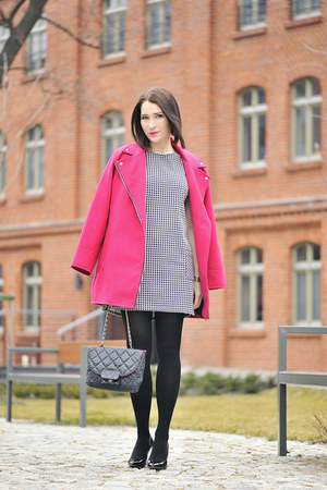 pink Atmosphere coat