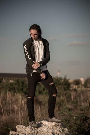 black zipper Nani hoodie