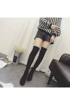 black Yesstyle boots