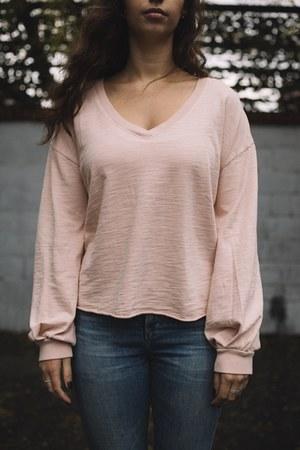 light pink cotton t-shirt