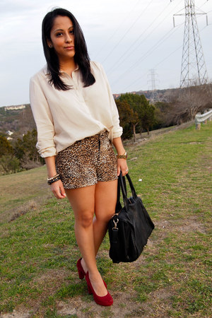 leopard print Forever 21 shorts - ruby red TJ Maxx pumps - ivory H&M blouse