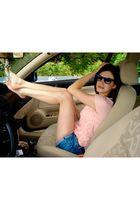 brown Zara belt - pink Zara t-shirt - blue Zara shorts - blue Ray Ban sunglasses