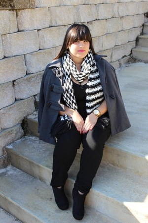 chevron Old Navy scarf - suade Forever 21 wedges - lipstick mac accessories